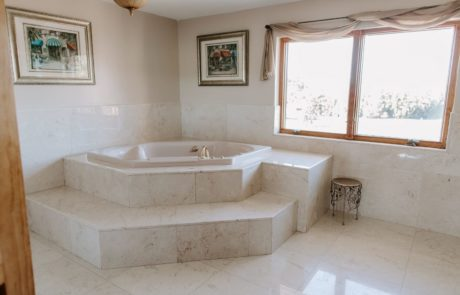 Male Villa Bathroom