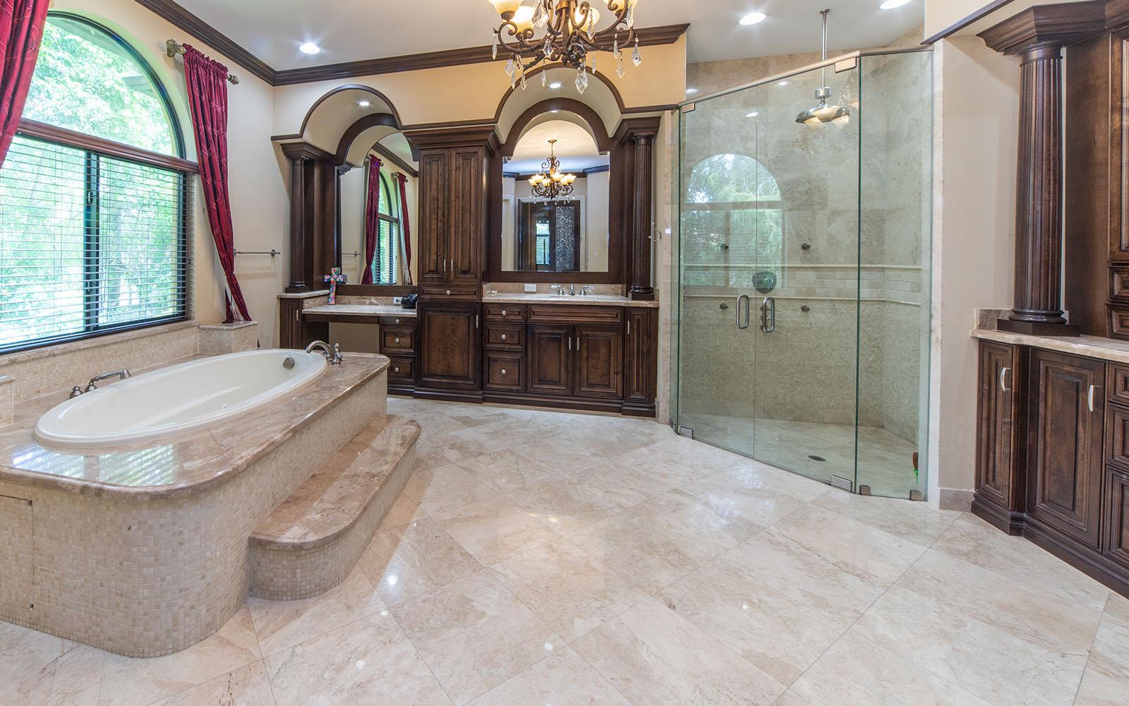Female-Villa-Bathroom